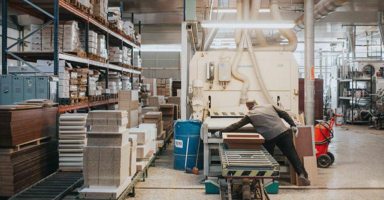 Monrabal-Chirivella-Artesanos y fabricantes de muebles-04